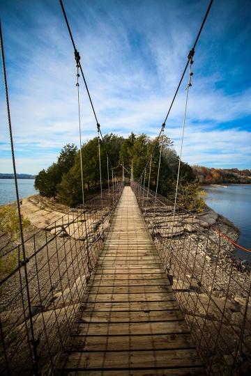 dale-hollow-swing-bridge_4610
